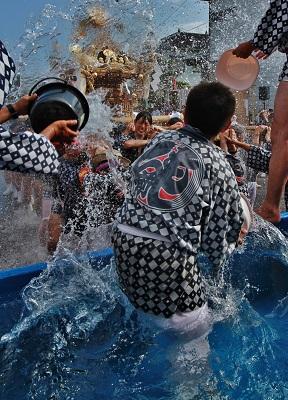フォトコンテスト:水踊る