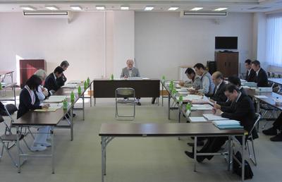 検討委員会の様子