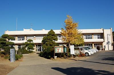 椿海小学校
