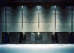 炉前ホールの画像